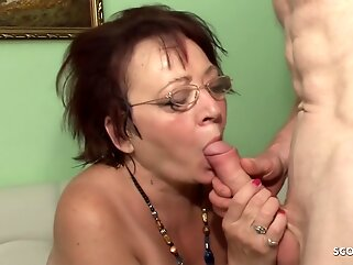 Mature housewife is cheating on her husband as often as she has an opportunity to do it hd granny