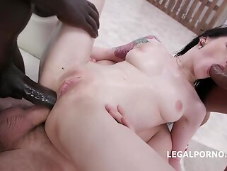 Tattooed brunette, Anna de Ville got stuffed with two rock hard cocks while sucking the third one brunette anal