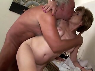 Horny old woman has offered her hairy pussy to a man and got a good fuck granny big tits